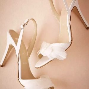 Anthropologie BHLDN plumed slingback white heels 6